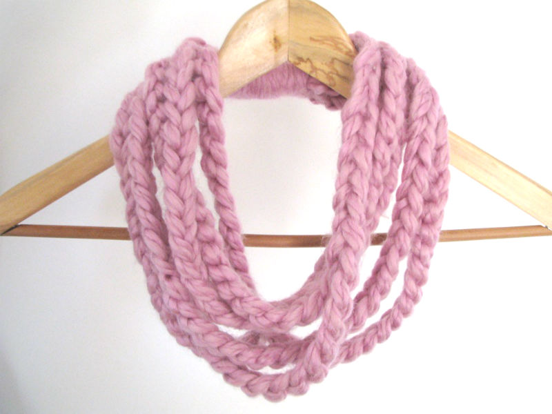 pink loop necklace - Ready to ship